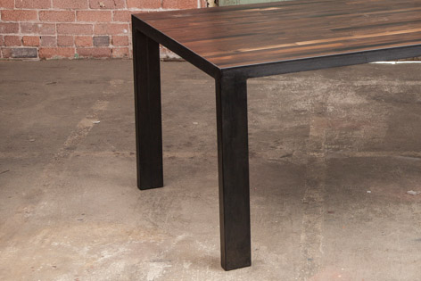 Wine Oak Table