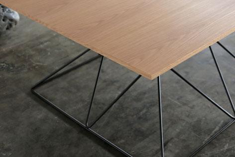pong_hourglass_wood