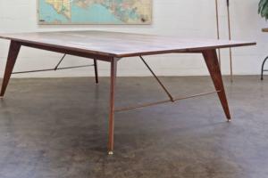 Featherlight Table